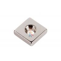 Магнитное крепление с отверстием А36 - Неодимовый магнит прямоугольник 12х12х3 мм с зенковкой 3/6 мм